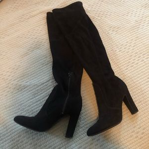 Unisa Knee-High Suede Heeled Boots